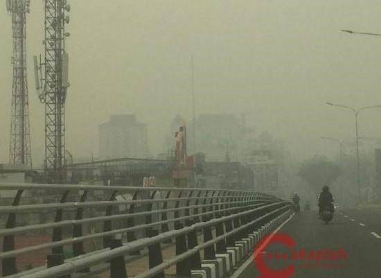 Bencana Kabut Asap Dua Kampus Di Riau Liburkan Mahasiswa