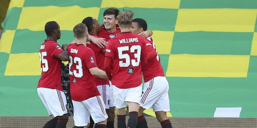 Manchester United Taklukkan Norwich City 2-1