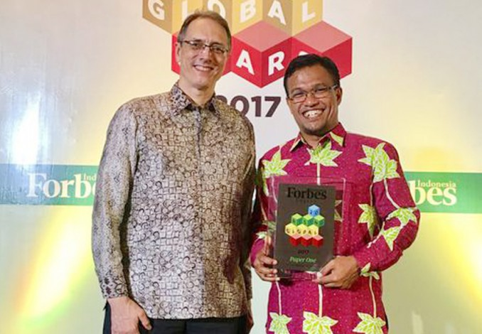 PaperOne Raih Forbes Indonesia's Rising Global Stars Award 2017